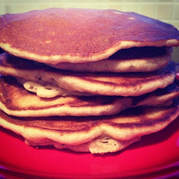 A nice pile of Paleo Scotch Pancakes (with raisins & sultanas)