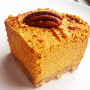 Paleo Pumpkin Pie Cheesecake Squares