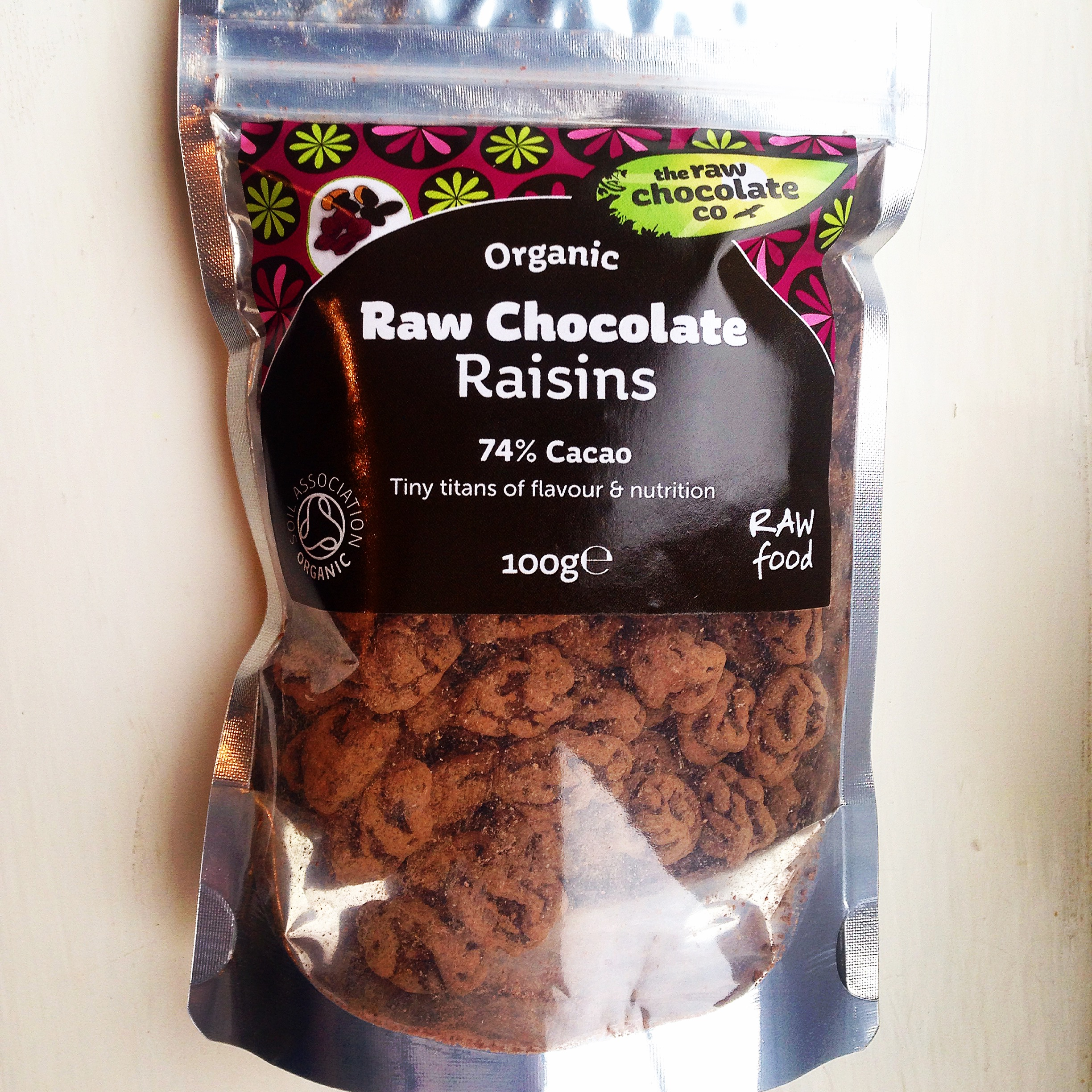 The Raw Chocolate Company - Christmas Raw Chocolate Berries Review dd22731853c28