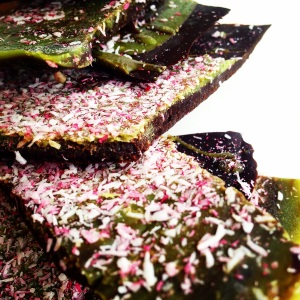 Paleo Peppermint Matcha Bark